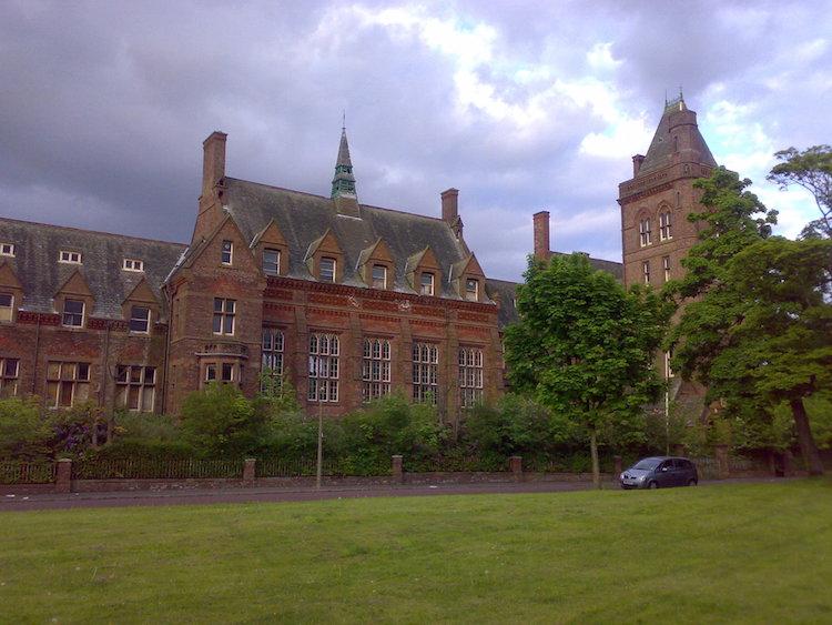 Newsham_park_hospital