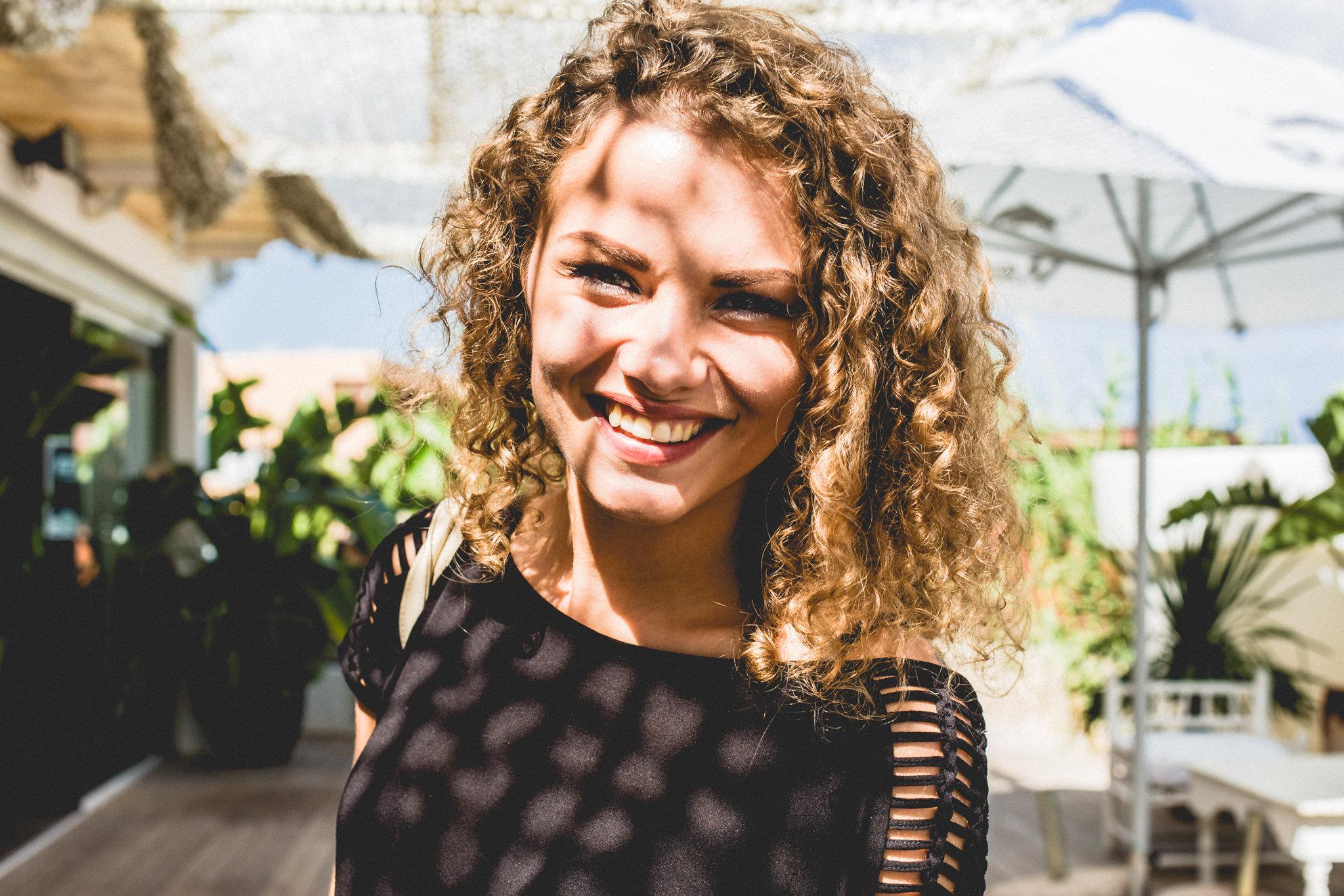 Din Lituania direct în Ibiza: Samanta și povestea ei cu soundtrack techno