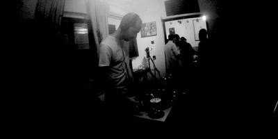 MIXUL ZILEI: Romansoff @ Misbits Record Shop | 12.2015