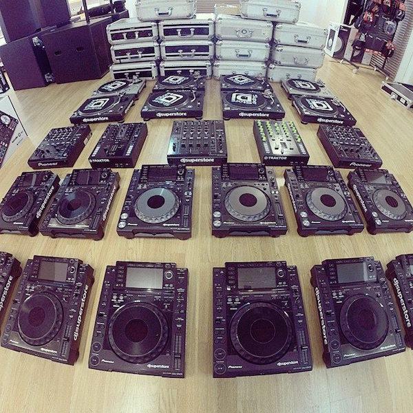 Ce mixer preferă DJii din underground-ul românesc și de ce