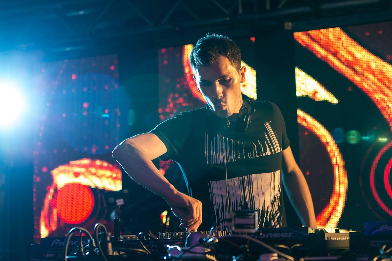 Alex Preda Selects: 5 Tracks For A Perfect Amsterdam Nightwalk Soundtrack