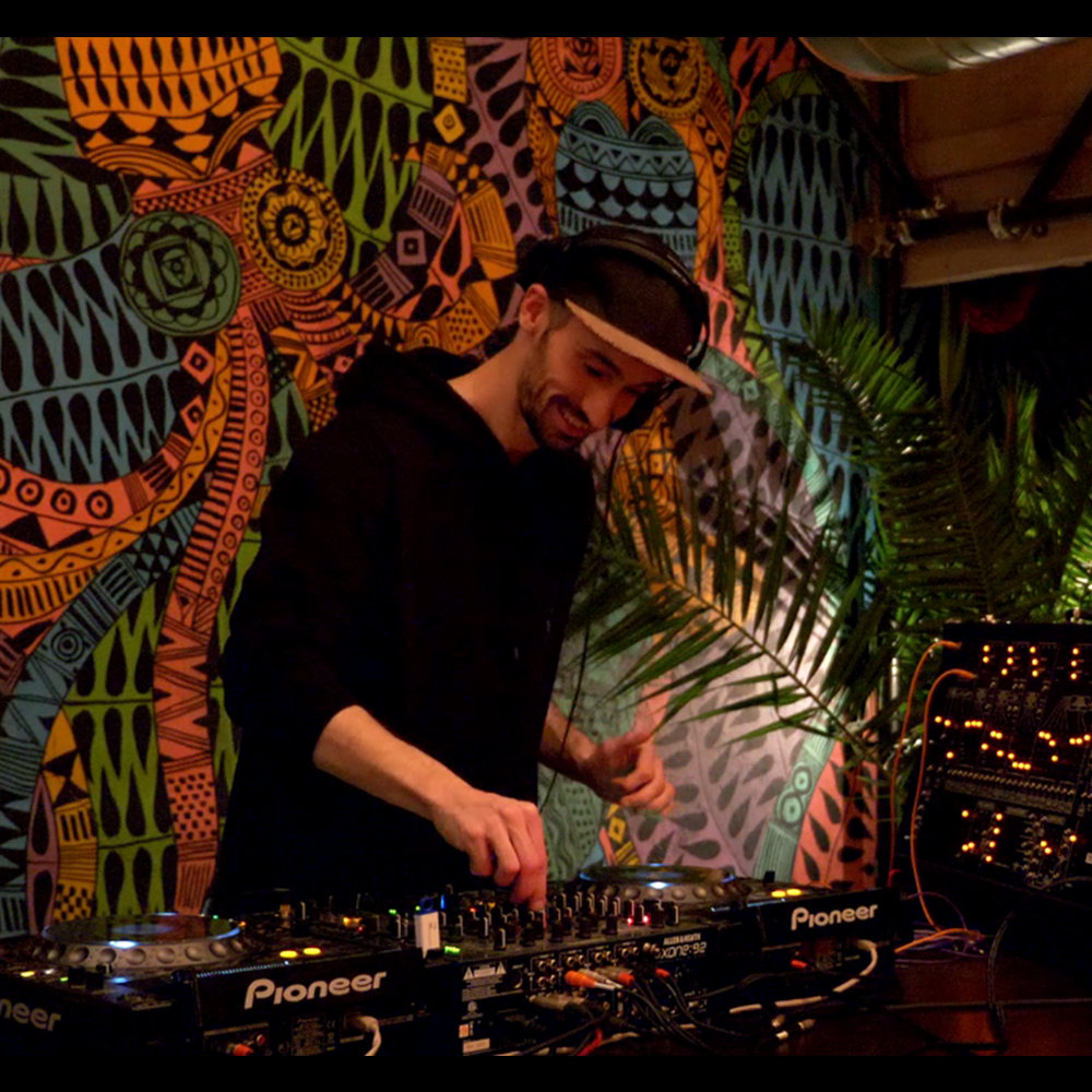 Le Mix Du Jour: Guy From Downstairs @ Terasa Eden | 01.2019